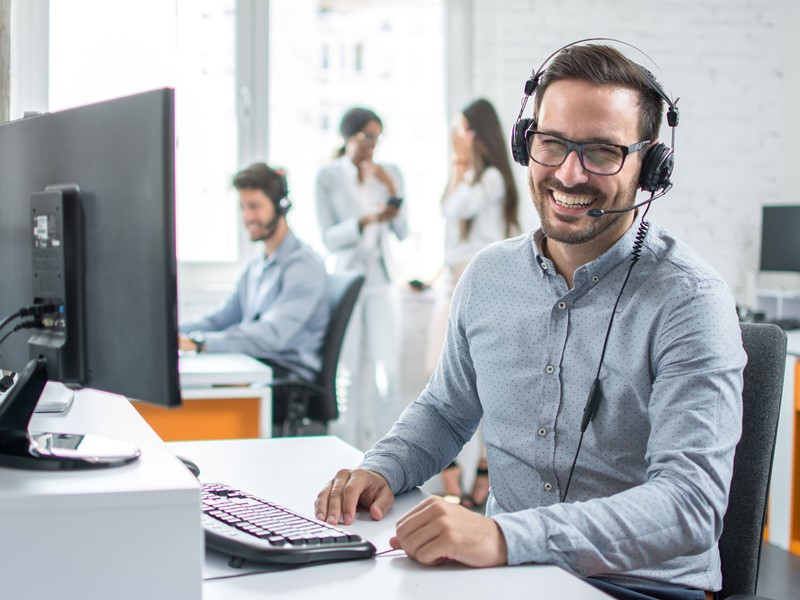 Call Centre Smiling Guy